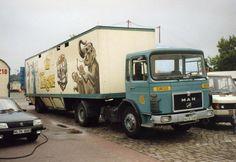 MAN F8 Zirkus Krone (2).jpg