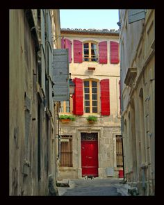 Arles von Laetare,France