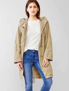 Petite hooded parka by Gap. Discover more petite coats and a curated selection of petite clothes at BombPetite.com