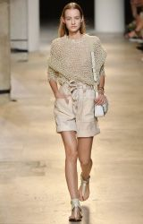 mytheresa.com - 4 marzo 2015 - Editoriali - Ispirazioni - Luxury Fashion for Women / Designer clothing, shoes, bags