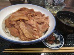 清水町南2条3『三品』豚丼 Google+