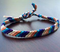Bracelet de l'amitié par Flossbraceletes sur Etsy