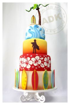 """Surfers Wedding Cake - OH MY GOSH IF I SURFED I WOULD SO WANT THIS....well...first I would have to find """"someone"""" to eat it with me lol!!!"""