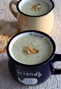 Vitamin değeri çok yüksek ve lezzetli bir çorba tarifi, Sütlü Brokoli Çorbası...