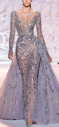 Explore the looks, models, and beauty from the Zuhair Murad Autumn/Winter 2014 Couture show in Paris on 10 July 2014 Couture 2015, Style Haute Couture, Couture Fashion, Runway Fashion, Beautiful Gowns, Beautiful Outfits, Elegant Dresses, Pretty Dresses, Look Fashion