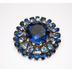 Blue Rhinestone Brooch (26 AUD) ❤ liked on Polyvore featuring jewelry, brooches, rhinestone jewelry, rhinestone broach, rhinestone brooches, blue brooch and blue rhinestone jewelry