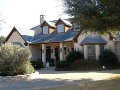 Packed With Amenities - 36238TX thumb - 05