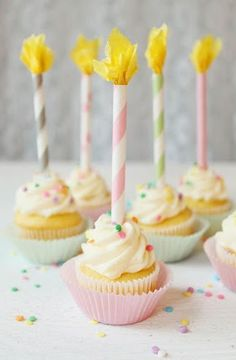 Paper Straw Candle Cupcake Toppers - what a cute idea that you could do with paper straws