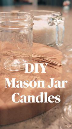Mason Jar Projects, Mason Jar Crafts, Mason Jar Diy, Diy Jars, Homemade Candles, Diy Candles Easy, Diy Candles Scented, Making Candles, Homemade Gifts