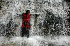 Eine Canyoning Dusche in der Steiermark - Österreich Abseiling, Tours