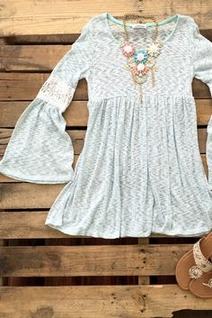 Blooming Belle Top : Mint color @ Southern Fried Chics New boutique with lots of great clothes, shoes, boots, and accessories for both women and men! Definite southern style. LOVE!!!