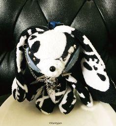 Etsy のCreepy Skull patterned Soppy(ショップ名:Vanityjam)