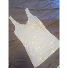 White Sequin Express Tank Never worn white express tank! Super easily dressed up or down Express Tops Tank Tops