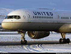 United - Continental Airlines Boeing 757-200  Glasgow Apt