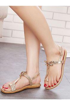0f2b8e7166670c amazon women s toe ring sandals