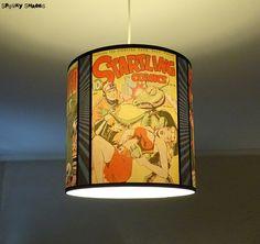 Pour les fans de l'Age d'Or des comics!    Hauteur: 30 cm  Diamètre: 30 cm    Electrification fournie.  A utiliser avec une ampoule E27 - Puissance max 100 W    - Le modèle Comic Covers est aussi...