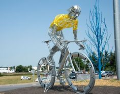 #TDF Sculpture: 2013 Tour de France, Stage 14 photo by Casey Gibson for VeloNews