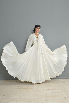 Full Sweep 1970s Blouson Bohemian Wedding Gown