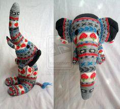 """Winifred"" meia elefante por Sock-tacular on deviantART"