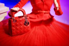 Dior Christmas Window Display at Printemps in Paris ~ The Cherry Blossom Girl Boston Pops, Cherry Blossom Girl, Dior, Christmas Window Display, Couture, Opera, Red, December, Bags