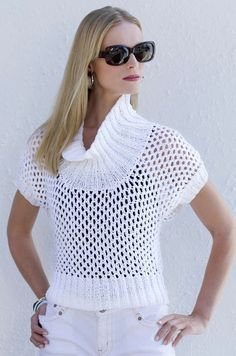 White pullover free pattern (russian)