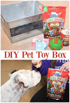 Need some pet toy organization? Make a #DIY Pet Toy Box for their Blue Buffalo holiday treats this Christmas season! #BestofBLUE #ad