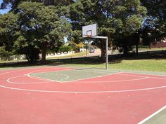 Outdoor basketball courts in McRaes Estate are  a magnet for kids after school and in the school holidays. They are in excellent condition and there is play equipment and picnic tables as well. #park #mcgrathstgeorge #penshurst