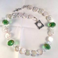 White Coin Pearl Necklace with Green Swarovski Crystal Accents, Pearl Collar Necklace, Holiday Necklace, Wedding Pearl Necklace by nancyandersondesigns on Etsy Pearl Necklace Wedding, Jewelry Bracelets, Necklaces, Jewellery, Collar Necklace, Wedding Gifts, Swarovski Crystals, Bling, Jewels