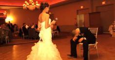 Ο γαμπρός δεν μπόρεσε να συγκρατήσει τα δάκρυά του, όταν κατάλαβε τι πήγε να κάνει η νύφη!