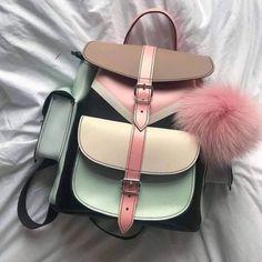 Girls backpacks 2019 – Just Trendy Girls Cute Mini Backpacks, Stylish Backpacks, Girl Backpacks, Backpack Bags, Leather Backpack, Baby Backpack, Grafea Backpack, Handbags On Sale, Purses And Handbags