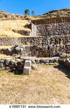 Tambomachay -archaeological site in Peru, near Cuzco. Devoted to cult of water, here he loved to rest great Inca. Inca, Medical Illustration, Fortification, Archaeological Site, Perfect Photo, Birds In Flight, Art Images, Wonders Of The World, Tourism