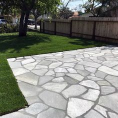 Discover simple to maintain and durable outdoor space inspiration with the top 60 best flagstone patio ideas. Backyard Patio Designs, Diy Patio, Backyard Landscaping, Patio Ideas, Stone Backyard, Garden Ideas, Patio Stone, Modern Landscaping, Hardscape Design