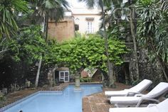 CASA JOSE FERNANDEZ MADRID 7 bedrooms, sleeps 12, $1644 per night, may be weekly discount, http://www.grupocrispa.com/Properties/Detail/alquiler-por-temporadas-de-casona-en-centro-de-cartagena-de-indias