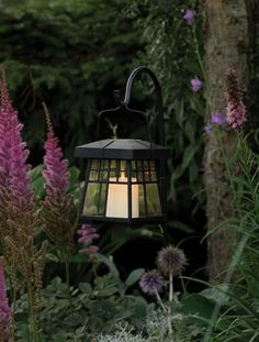 Antique inspired solar garden lantern. Can be hung independently or on the included shepard's hook ground stake.