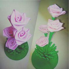 Centro de mesa  Rosas  #centrodemesa #rosas #artesanato #arteemeva #artjulia #eva #elo7