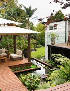 Tropical landscape design small garden pocket garden for Landscape design west auckland