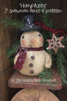 Primitive Snowman Ornie