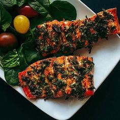 www.sizzlefish.com  Hey, there perfect Herb Rubbed @sizzlefishfit Salmon! :raising_hand: