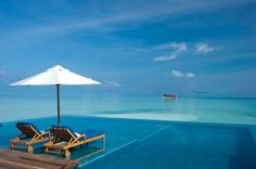 The gorgeous swimming pool at the Conrad Rangali Islands hotel in Maldives