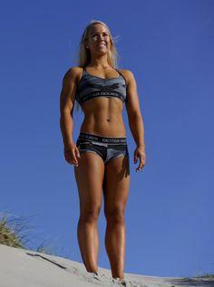 Výsledek obrázku pro athletic woman