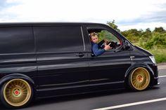 Vw Transporter Van, Vw T5, Volkswagen Bus, Van Storage, Mini Bus, Cool Vans, Bus Camper, Busse, Custom Vans