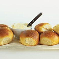 Anytime dinner rolls food processor method cooks illustrated best american dinner rolls forumfinder Images