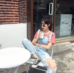 Korean Fashion Trends you can Steal – Designer Fashion Tips Girl Pose, Uzzlang Girl, Girl Outfits, Cute Outfits, Fashion Outfits, Summer Outfits, Tumbrl Girls, Ulzzang Korean Girl, Korean Fashion Trends