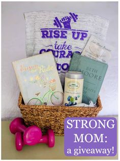 """strong mom"" gift giveaway"
