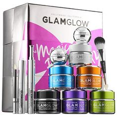 Shop GLAMGLOW's The Magic Box of Sexy at Sephora. The 10-piece gift set includes mud and lip treatments for an instant glow.