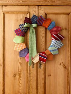 It doesn't matter how big or small your home is, there is always somewhere to hang a wreath.    This idea of using silk ties, shows that with a little bit of creativity, you can make an inexpensive wreath to suit almost any colour scheme.    What do you think?