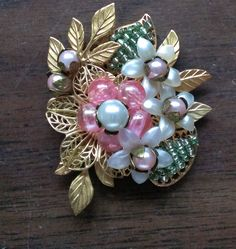 SPRING HAS SPRUNG CHALLENGE - Colleen Bullecks 4/23/16: My first Haskell-style wired brooch. And it was a challenge!