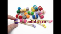 DIY Doll Accessories Mini Yarn & Knitting Needles – Easy – The Best Ideas Dollhouse Miniature Tutorials, Miniature Crafts, Diy Dollhouse, Miniature Dolls, Knitting Needles, Knitting Yarn, Easy Knitting, Knitting Patterns, Easy Crafts