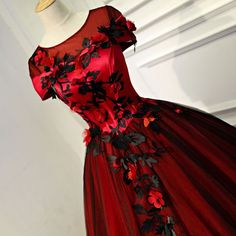 Chic / Beautiful Burgundy Prom Dresses 2017 Ball Gown Appliques Scoop Neck Backless Short Sleeve Floor-Length / Long Formal Dresses