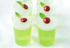 Mistletoe Jelly Shots #Christmas